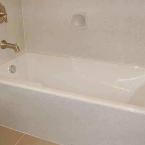 Bathtub Surround 3