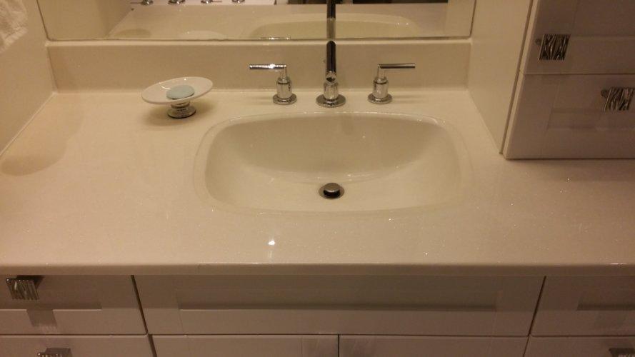 Bathroom Vanity 10